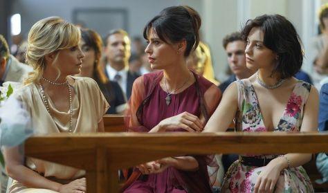 Τρία Υπέροχα Κορίτσια/Summer Cinema