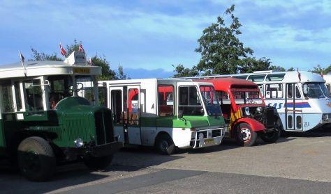 Herregårdstur i veteranbus