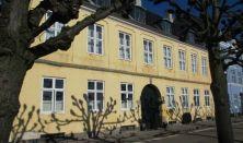"""""""Et smugkig bag facaderne""""- Åbne private gårde i Strandgade, Helsingør"""